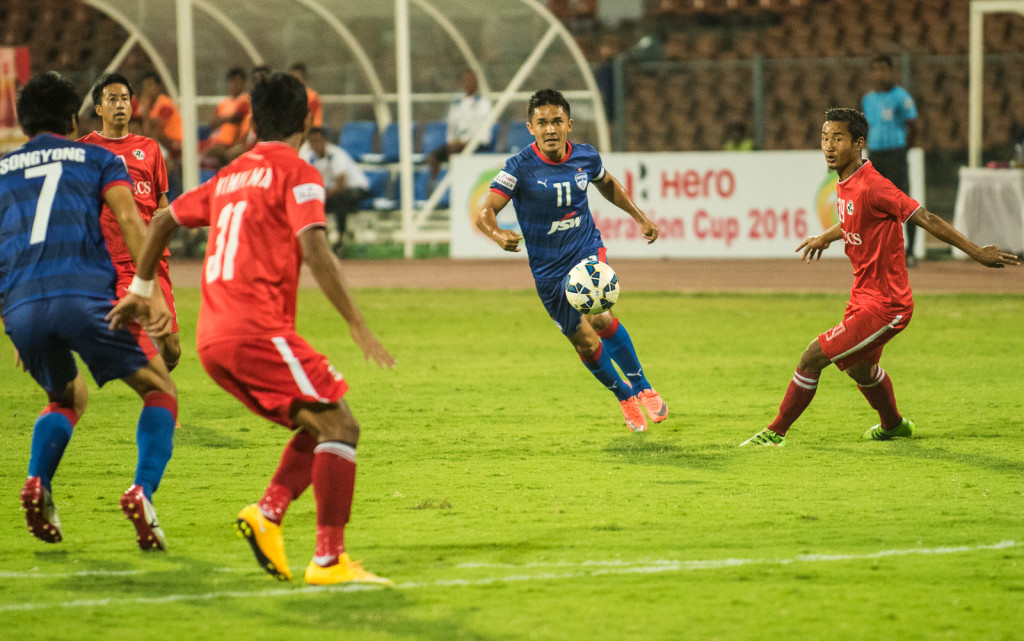 Sunil Chhetri signs a new deal with Bengaluru FC